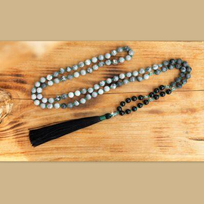 japa mala, meditační pomůcka, osobní talisman, onyx, jaspis